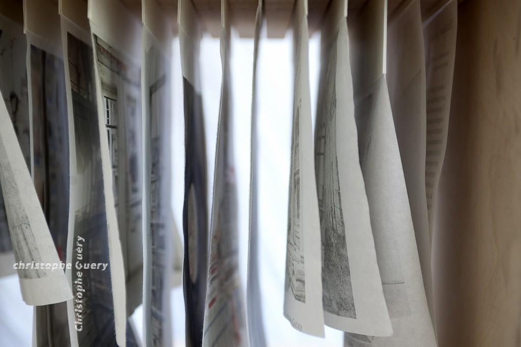 """Editions la Forme soluble - Livre-boite  """"Mutation  l'alliage du béton et de la soie"""""""